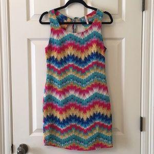 NWOT Decapolis chevron dress